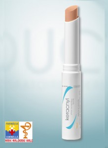 keracnyl stick corrector con color