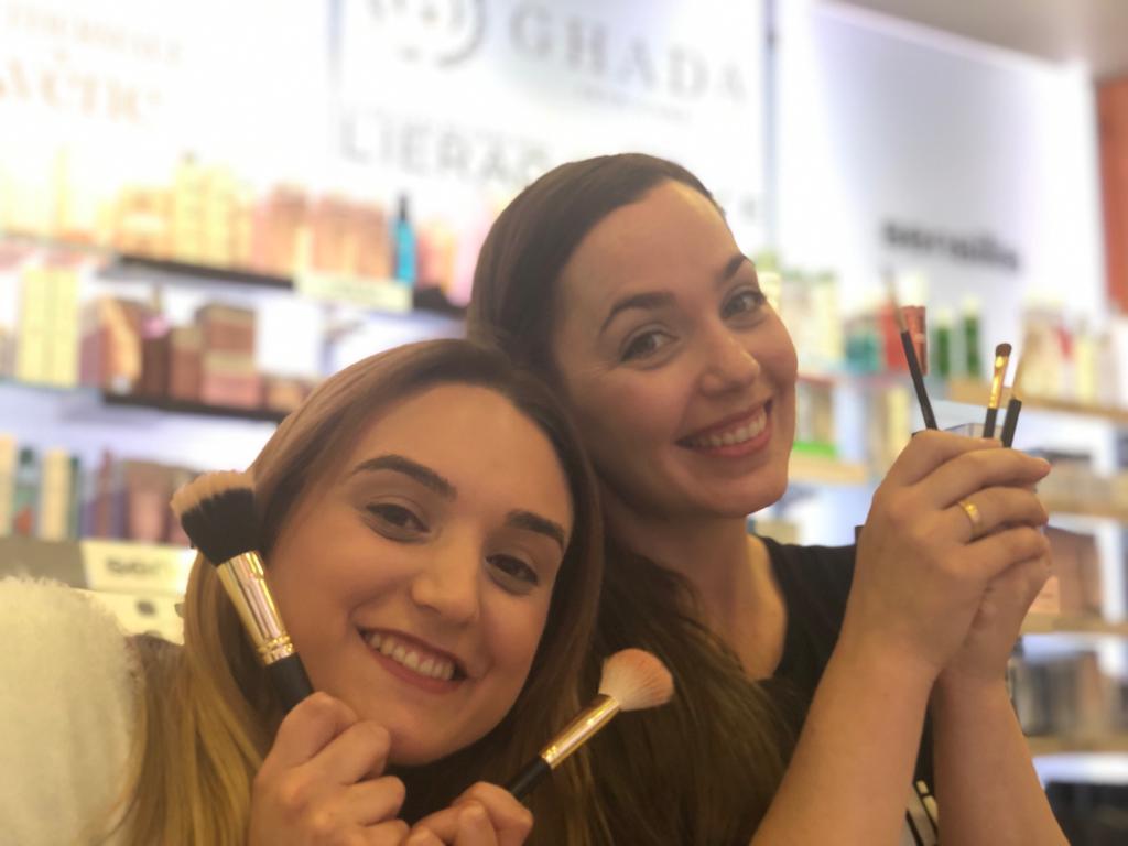 Demo maquillaje en Farmacia Moreno Murillo Hospitalet